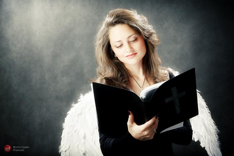 Фото девушки ангел с крыльями